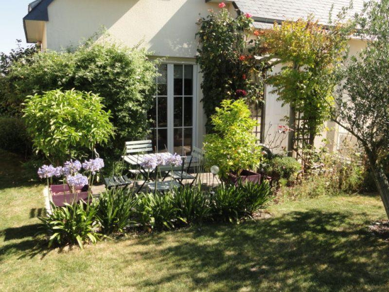 Immobilier bain de bretagne a vendre vente acheter for Jardin 700m2