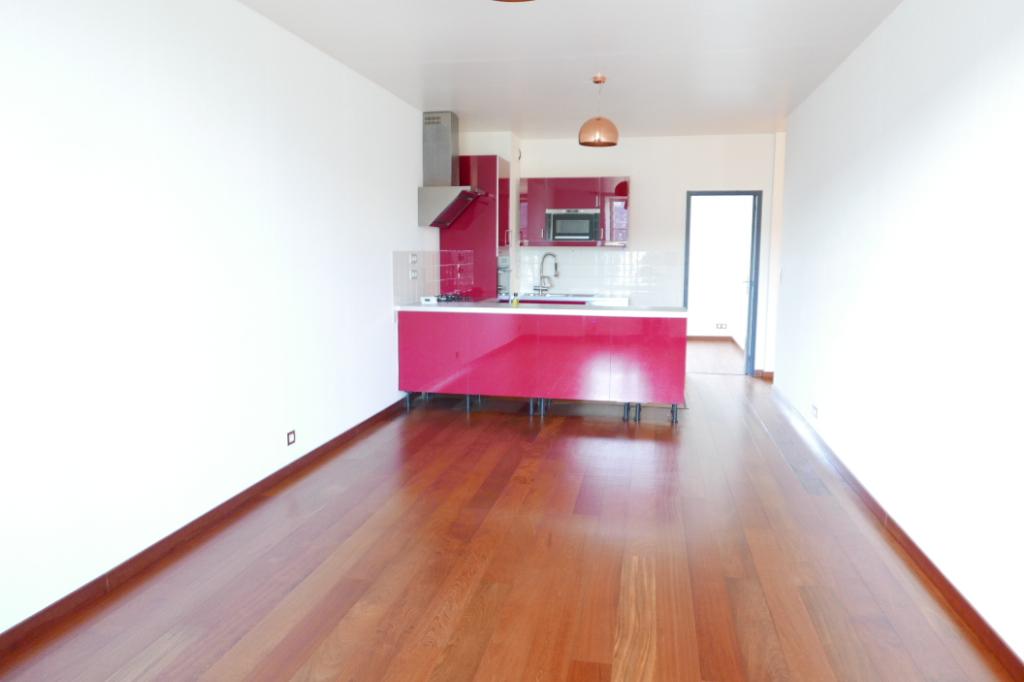 Appartement de qualité avec 2 chambres